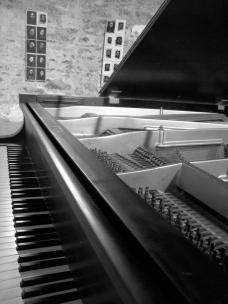 piano-I